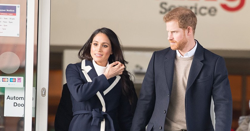 Mandatory Credit: Photo by REX/Shutterstock (9451977t) Prince Harry and Meghan Markle visit Nechells Wellbeing Centre to join Birmingham's Coach Core apprentices, designed by The Royal Foundation, in Birmingham, UK. Prince Harry and Meghan Markle visit Birmingham, UK - 08 Mar 2018