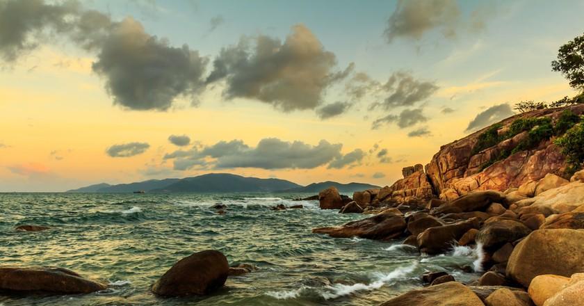 The rocky coast of Vietnam | © Terry Mucha/Shutterstock