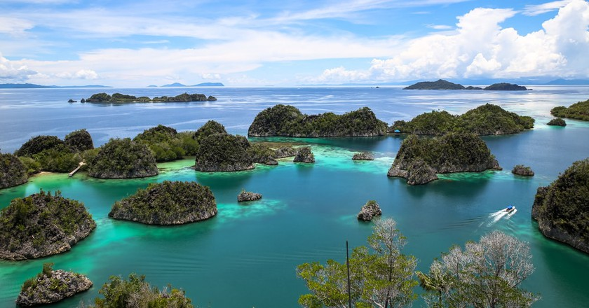 The 15 Most Beautiful Paradise Islands To Visit In Asia