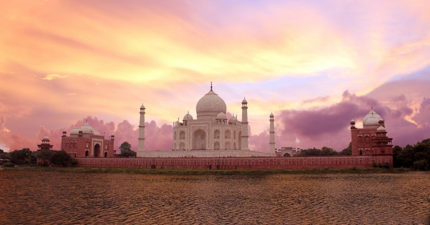 Sunset view of the Taj Mahal