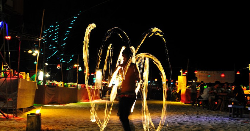 Fire shows are common on Koh Phangnan's Haad Rin Beach | © Davidlohr Bueso / Flickr