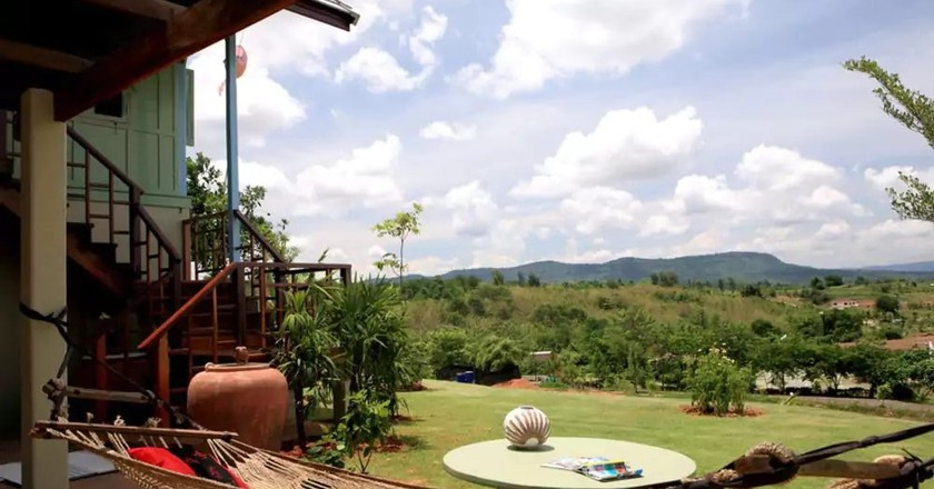 Relax in nature at one of Nakhon Ratchasima's hostels | © Hotels.com