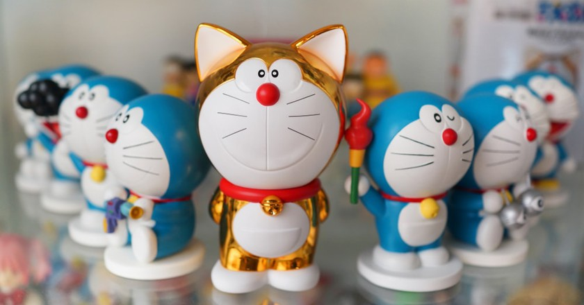 Figures of Doraemon on a store shelf
