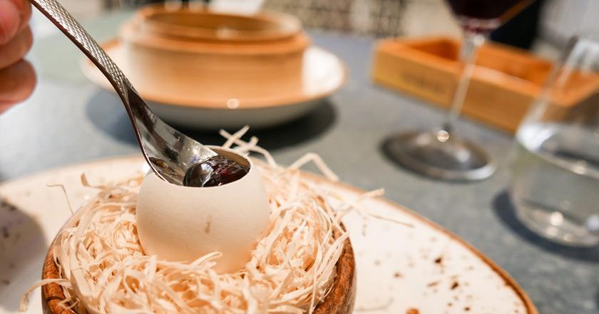Crispy egg yolk with mushroom at Disfrutar © Lou Stejskal