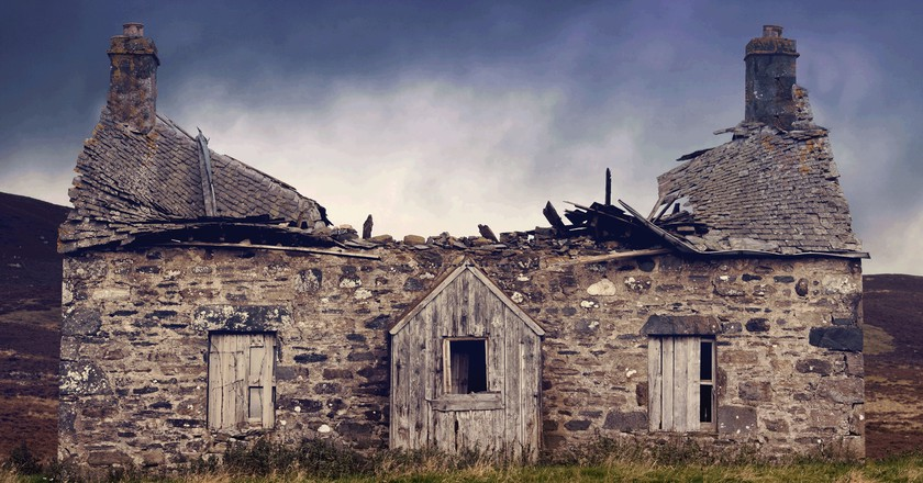 Crofters Cottage, Scotland, U.K. Before