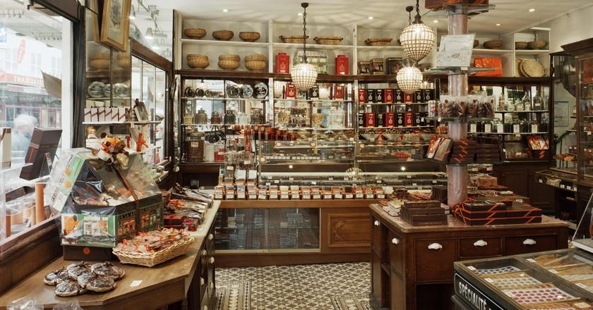 inside the oldest chocolate shop in paris À la mère de famille