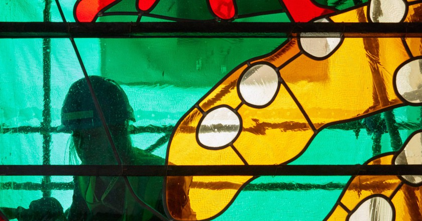 David Hockney Celebrates Queen's Reign with Stained Glass at Westminster Abbey