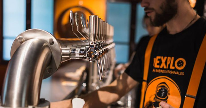 Sip on fresh pints and more at the best bars in Avignon