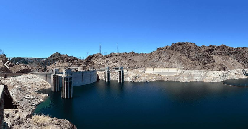 Hoover Dam 2011 panoramic view from the Arizona side | © Kuczora/WikiCommons