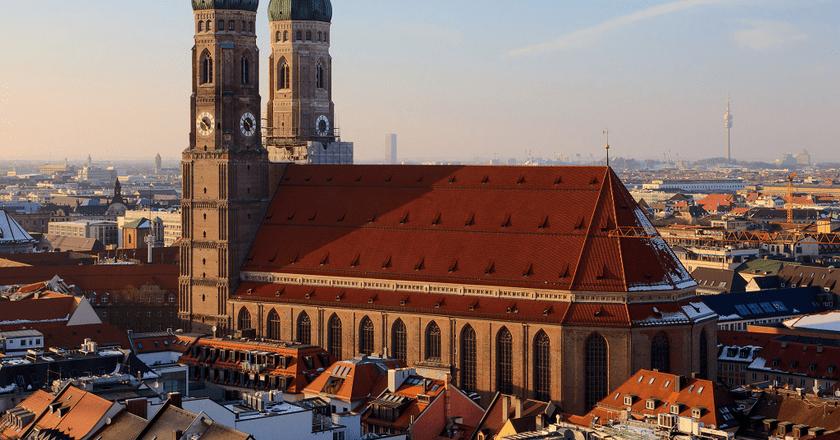 Frauenkirche | © Martin Falbisoner / Wikimedia Commons