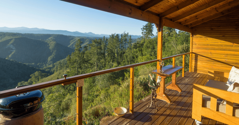 Cliffhanger Cottages in Knysna offer spectacular views of the Outeniqua Mountains  Courtesy of Cliffhanger Cottages
