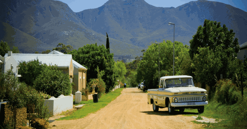 A dirt road in Stanford, Western Cape | Courtesy of Stanford Tourism and Business