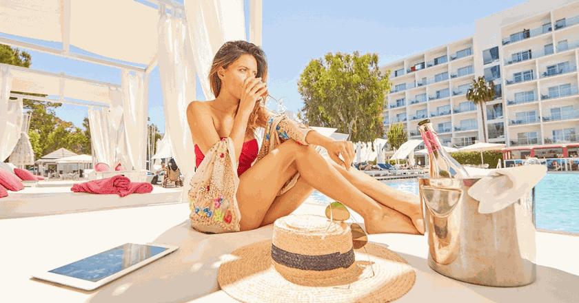 Courtesy of Hotel Astoria Playa