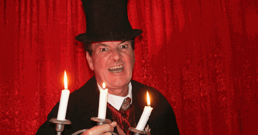 Illusionist and parapsychologist Mark Rose-Christie | Courtesy of Mystery Ghost Bus Tour