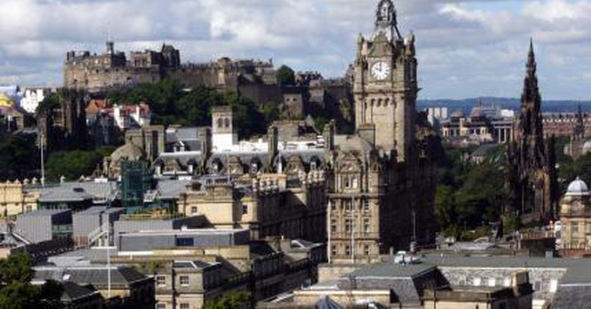 Edinburgh: City of Forts and Festivals