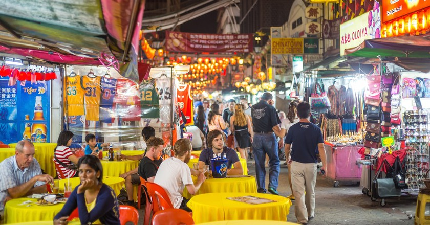 Food street and market in Kuala Lumpur | © f11photo/Shutterstock