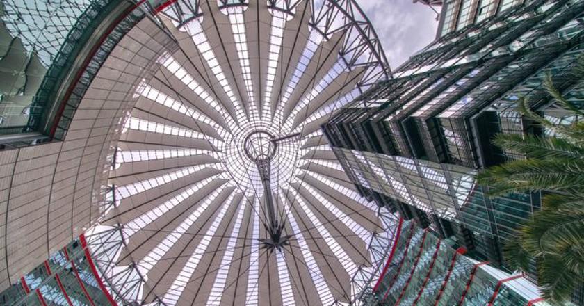 Sony Center Berlin | © LeoW./Flickr