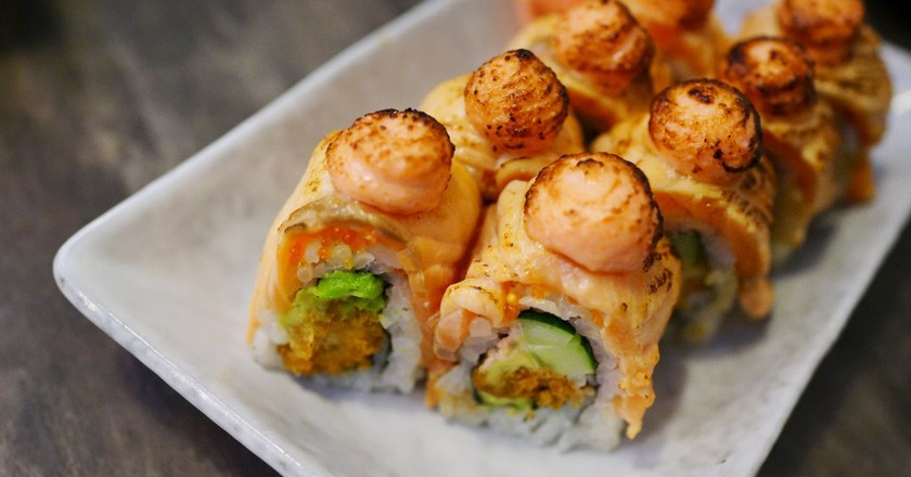 Ebi Fry Salmon Aburi | ©Soon Koon/ Flickr
