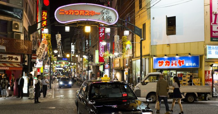 Nagarekawachō street at night, Hiroshima |© Kristoffer Trolle/Flickr