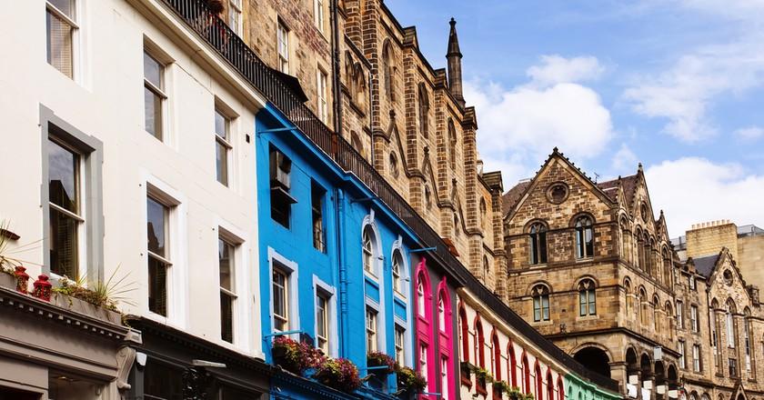 Old Town Edinburgh, Scotland   © Justin Black/Shutterstock