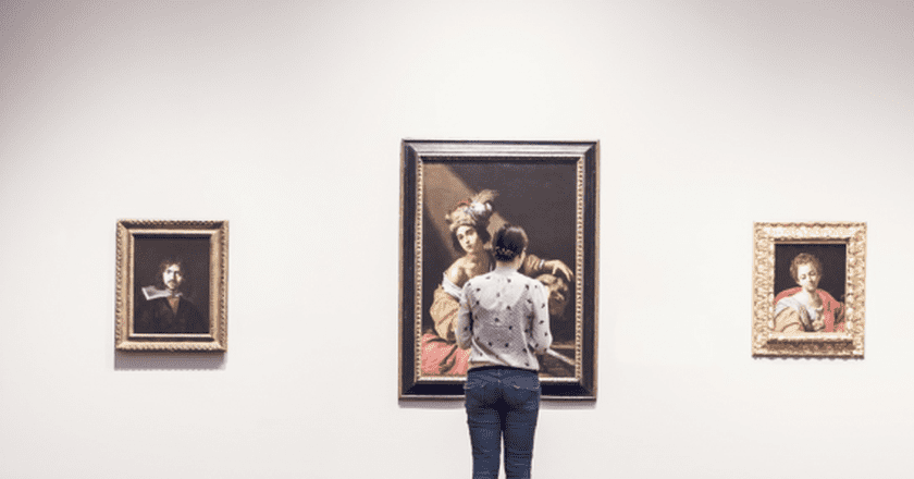In addition to quirky cafés and trendy shops, the area is also home to the largest concentration of art galleries in the city / Pexels
