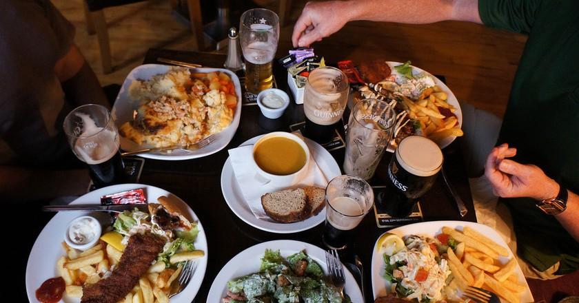 Dinner in Ireland | ©Chris Brooks/Flickr