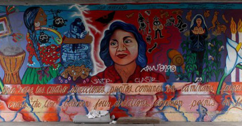 Dolores Huerta Mural by Yreina Cervántez | © T. Murphy/WikiCommons