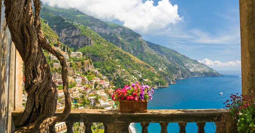 View of Positano from a picturesque Italian balcony | © Artem Evdokimov/Shutterstock
