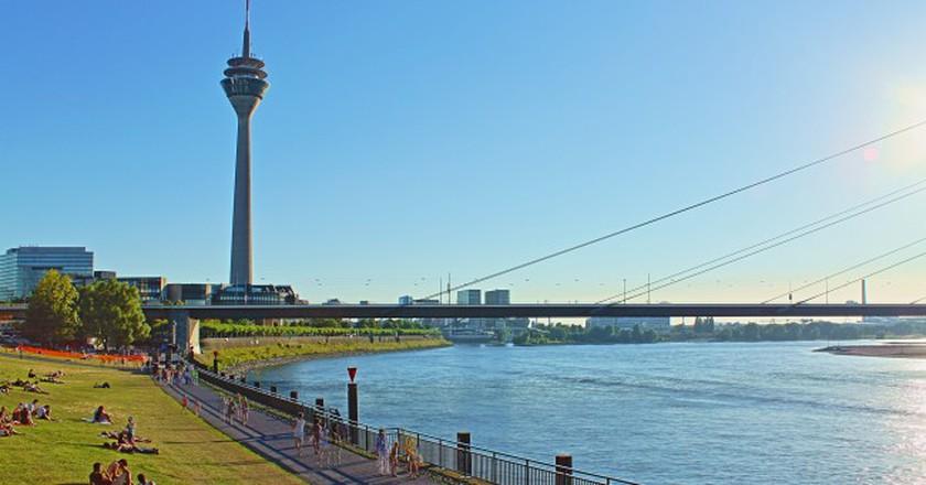 Rheinturm in Düsseldorf | © Philipp/Flickr