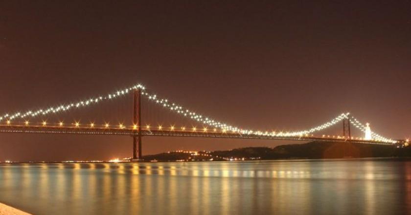 Old Lisbon Bridge | © Francisco Antunes/Flickr