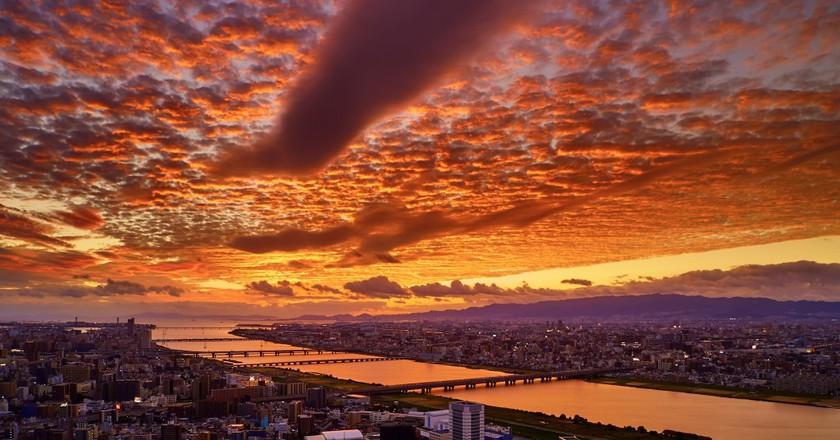 Osaka Sunset | ©Pedro Szekely/Flickr