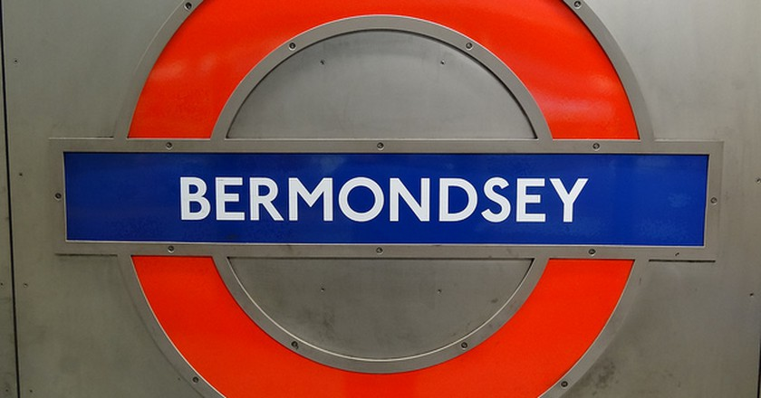 Guide To Bermondsey, Brigade Review