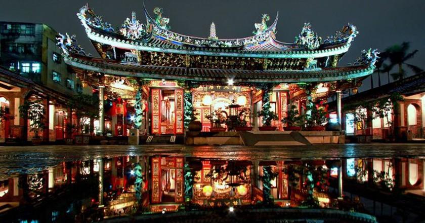 Taipei Dalongdong Baoan Temple Night   © Men1399/WikiCommons