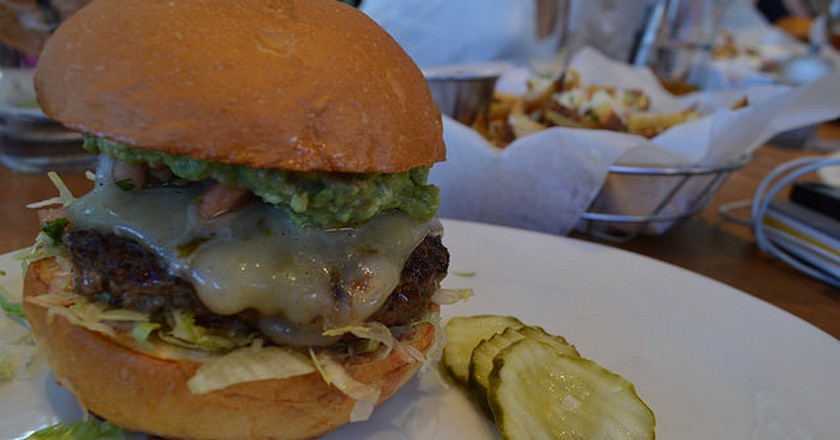 Burger at Zinburger| ©Lauren Topor/Flickr