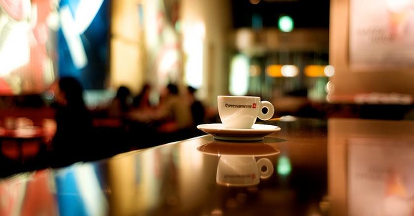 Espresso in Tokyo I  © Osamu Kaneko/Flickr