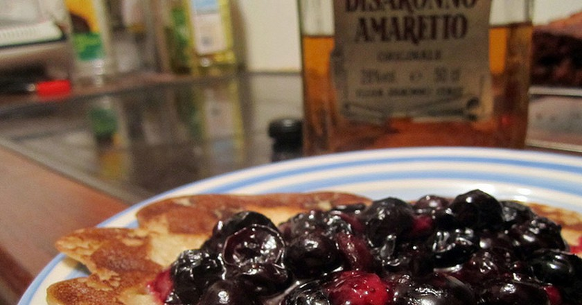 Blueberry pancakes © Annie Mole/Flickr