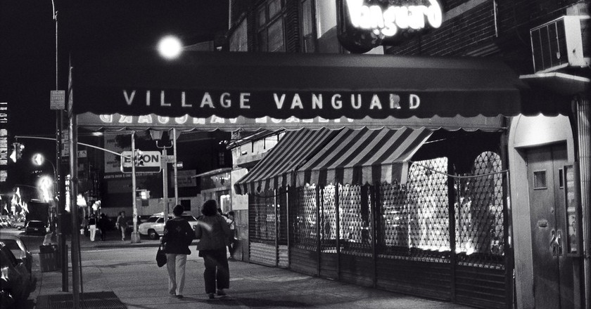 The Village Vanguard at night | © Tom Marcello/Flickr