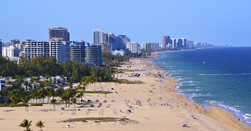 Beach at Fort Lauderdale I  © Daniel Dudek-Corrigan/Flickr