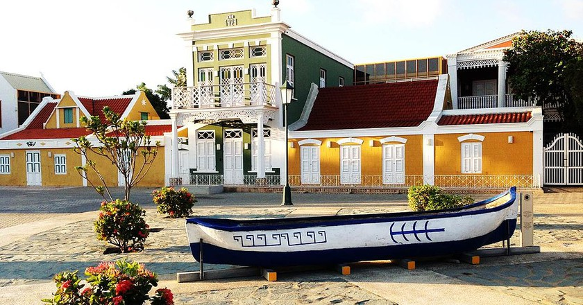 A panoramic view of the Archaeological Museum of Aruba (Schelpstraat, Oranjestad).   ©Edward M Erasmus/WikiCommons