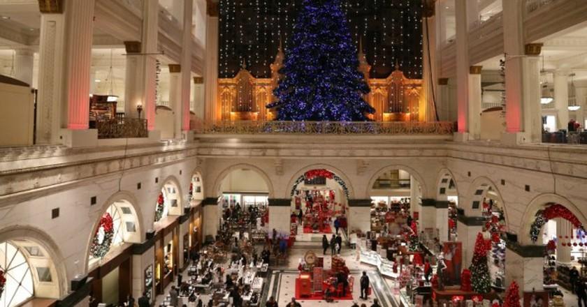 Macy's Christmas Light Show| ©  Jim, the Photographer/Flickr