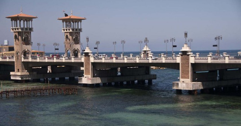 San Stefano Bridge, Alexandria    ©  Nadia Ismail / Flickr