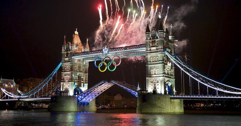 Olympics Opening Ceremony Fireworks At Tower Bridge   © Edvvc/WikiCommons