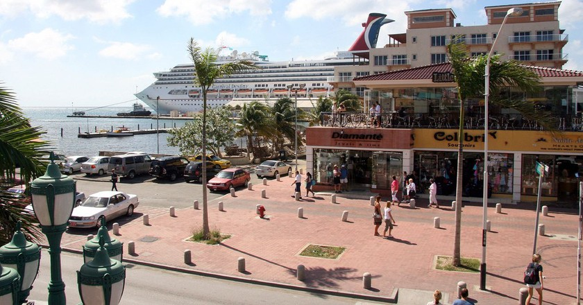 A View of the Harbor in Oranjestad, Aruba   © Gail Frederick/flickr