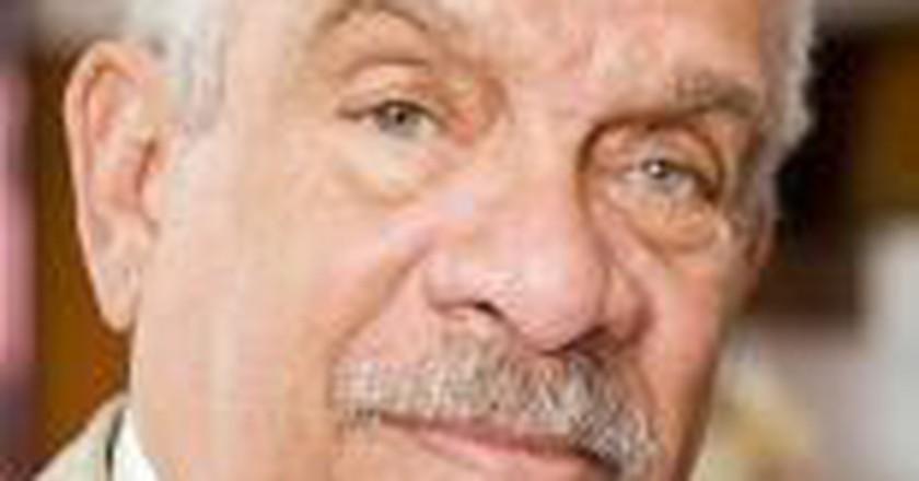 Derek Walcott: A Polyphony of Voices