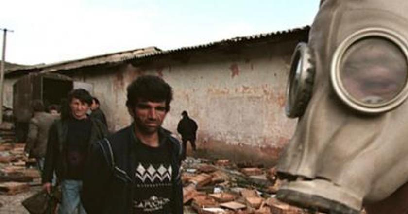 The Pyramid Crisis in Albania Examined