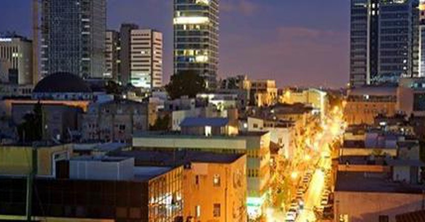 9 Smartphone Apps for Navigating Tel Aviv