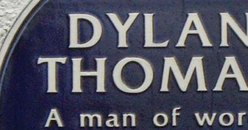 'In My Craft or Sullen Art': Dylan Thomas' Poetic Progression