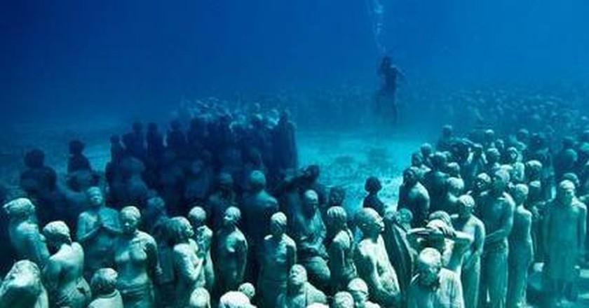 Diving Into Atlantis: Jason deCaires Taylor's Underwater Sculptures