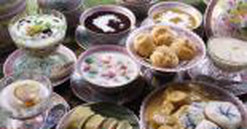 Top 10 Restaurants For Peranakan & Nyonya Dining In Singapore