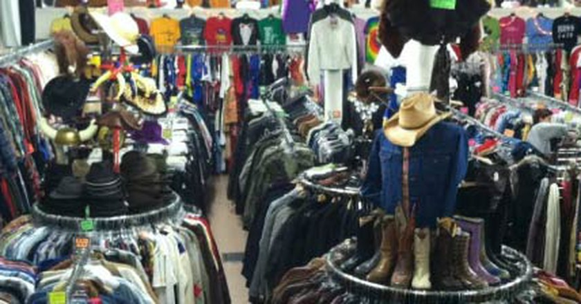 Great Places To Go Vintage Shopping In The Mission